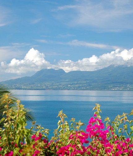 Auberge de la Vieille Tour Hotel 4 étoiles Le Gosier en Guadeloupe au Bord de la Mer