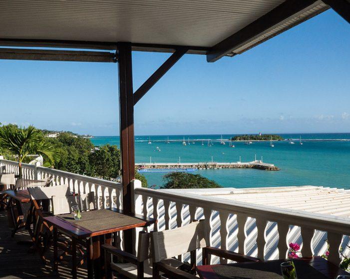 Auberge de la Vieille Tour Hotel 4 étoiles Le Gosier en Guadeloupe avec Vue sur la Mer