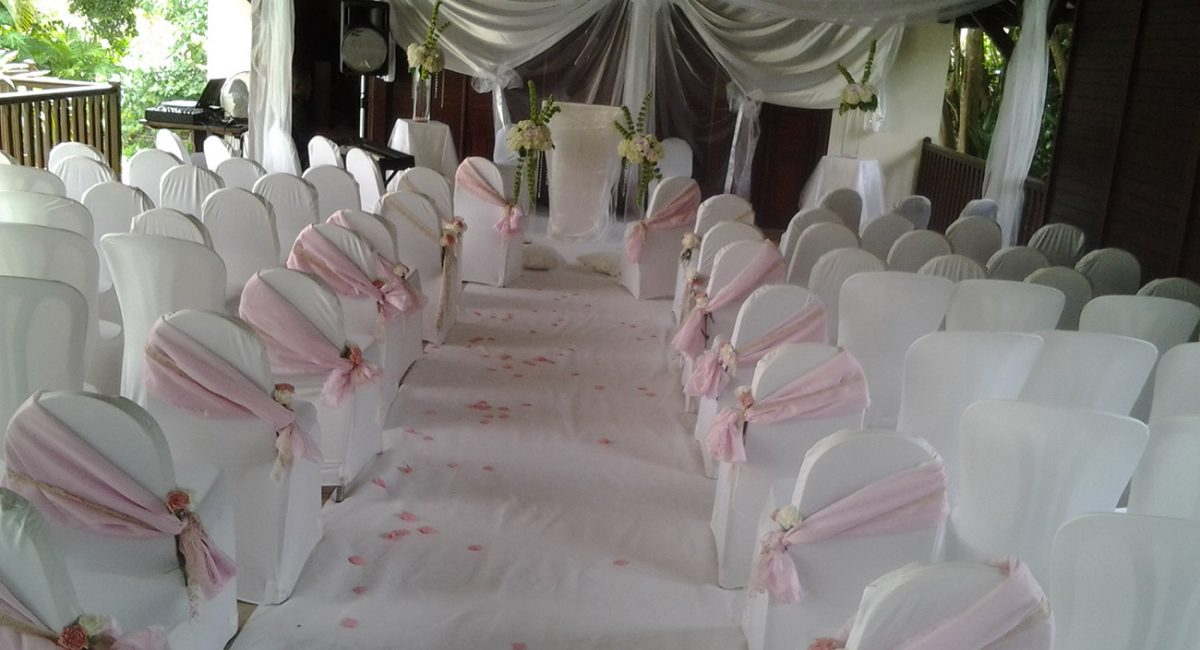 Wedding in a 4 Stars Hotel Auberge de la Vieille Tour located in Guadeloupe at Le Gosier