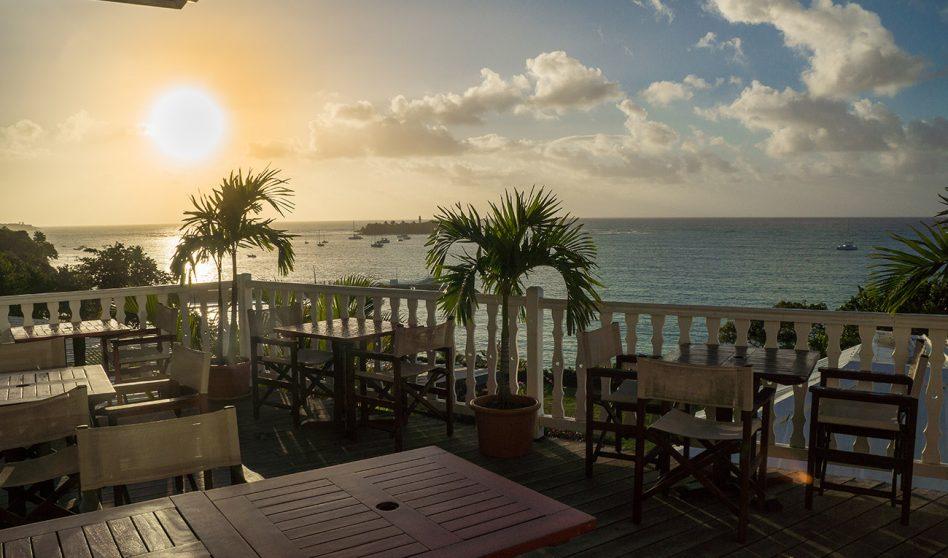 Coucher de Soleil Auberge de la Vieille Tour Hotel 4 étoiles Le Gosier en Guadeloupe